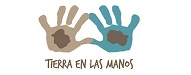 Top 20 Latina Bloggers | Tierra en las manos